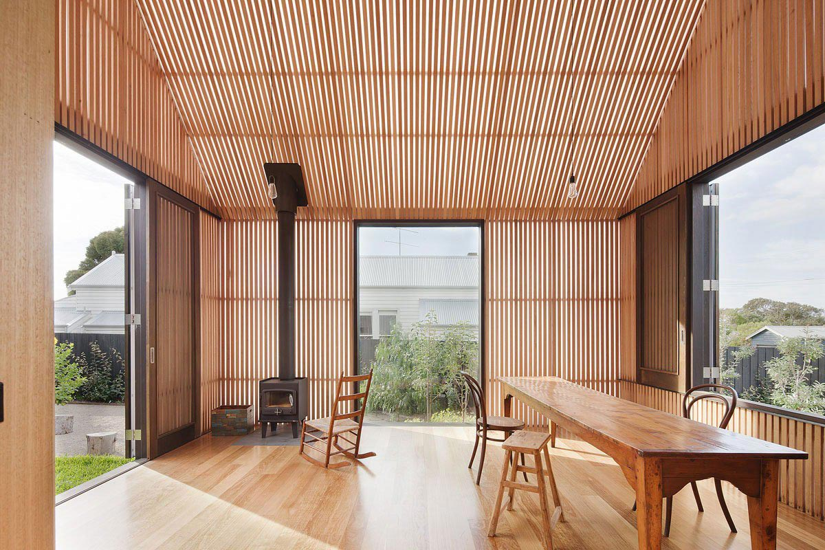 Corner Fireplace, Seaview House in Barwon Heads, Australia by Jackson Clements Burrows