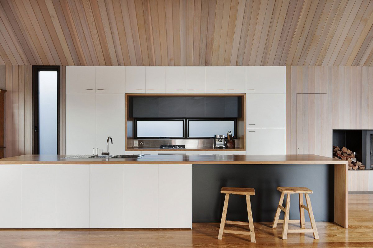 Kitchen, Seaview House in Barwon Heads, Australia by Jackson Clements Burrows