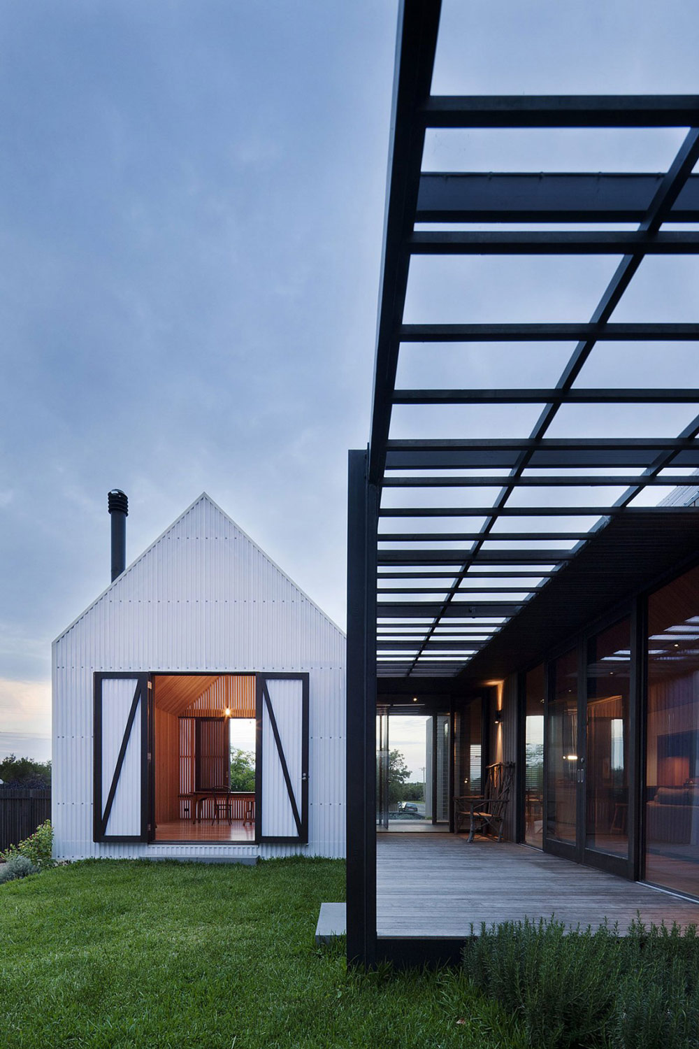 Terrace, Seaview House in Barwon Heads, Australia by Jackson Clements Burrows