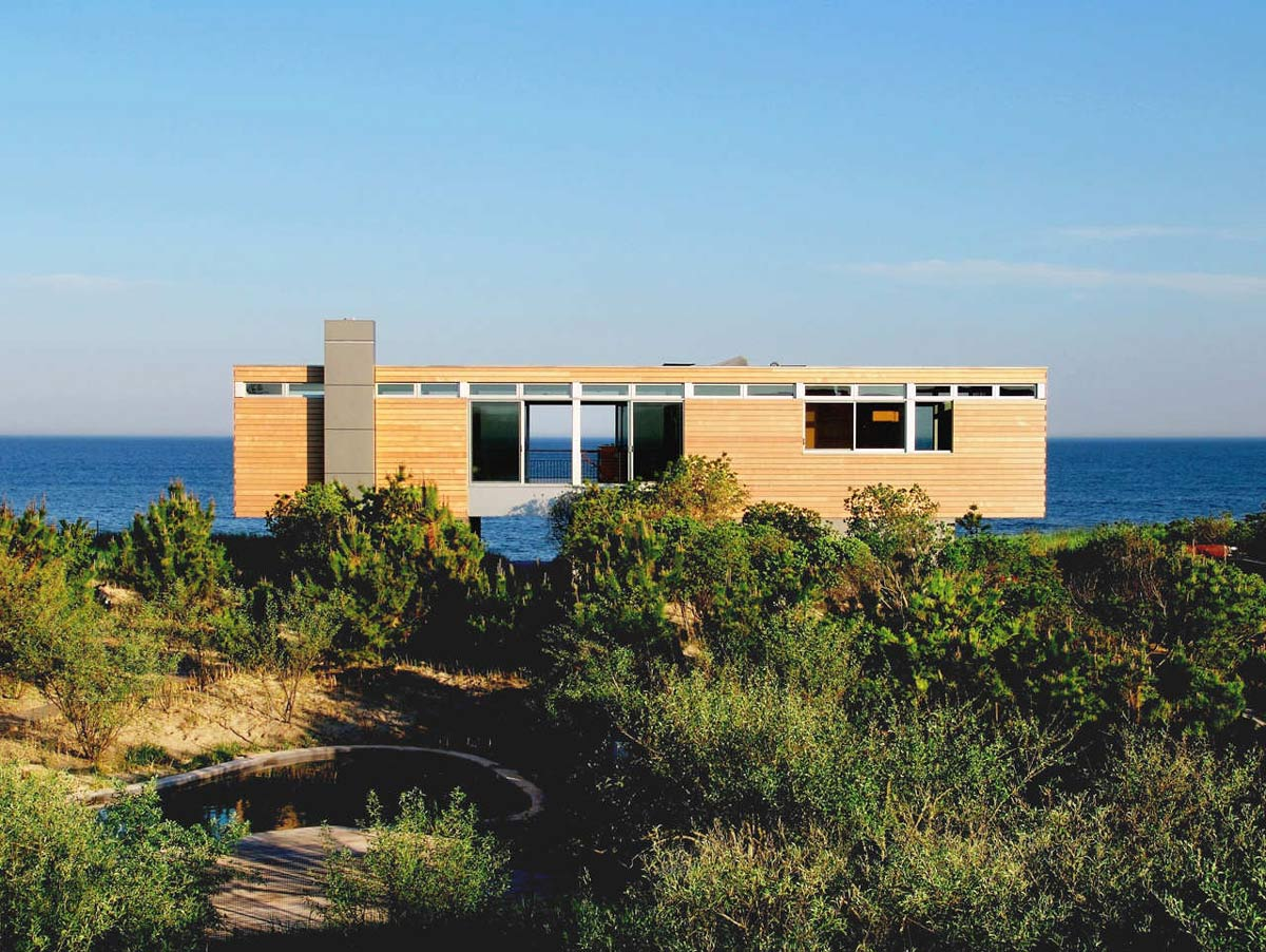 Surfside House in Bridgehampton, New York by Stelle Architects
