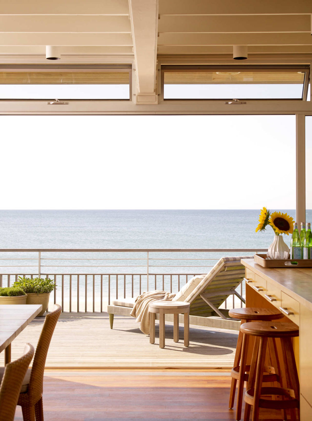 Balcony, Ocean Views, Surfside House in Bridgehampton, New York by Stelle Architects