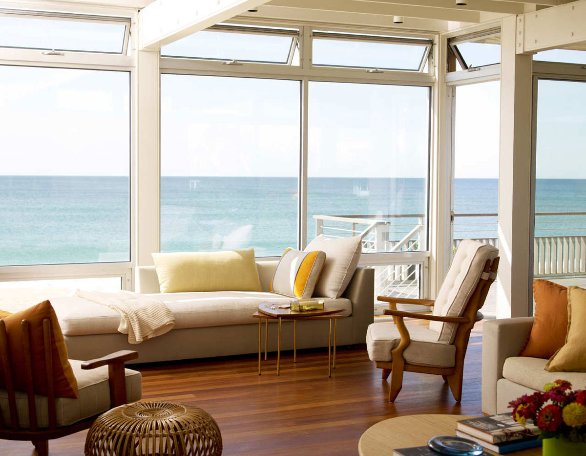 Floor to Ceiling Windows, Surfside House in Bridgehampton, New York by Stelle Architects