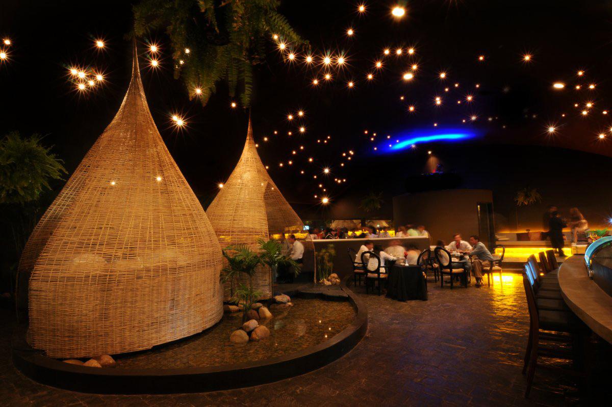 Water Feature, Huts, Dining, Jardín del Asia Restaurant, Santa Cruz de la Sierra, Bolivia