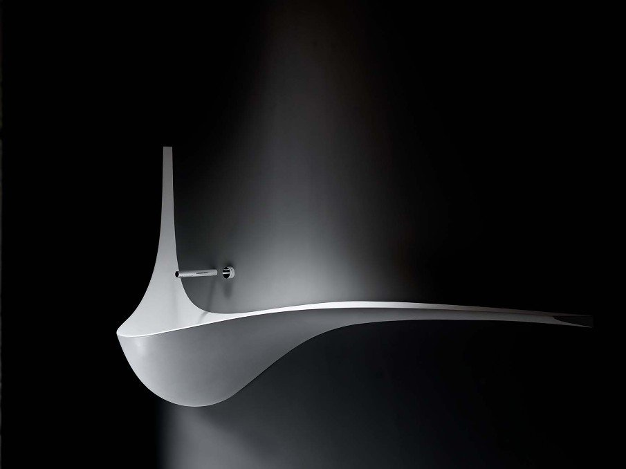 Flowing Wing Sink by Ludovico Lombardi