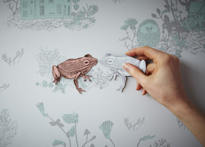 Kissing Frogs on Blue Magnetic Woodlands Wallpaper by Sian Zeng