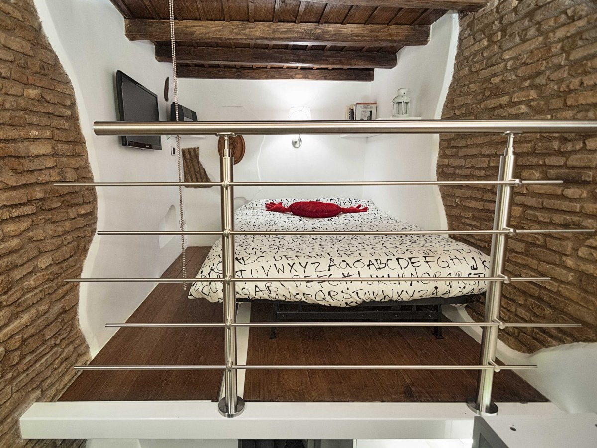 Mezzanine, Bedroom, Tiny House in Rome