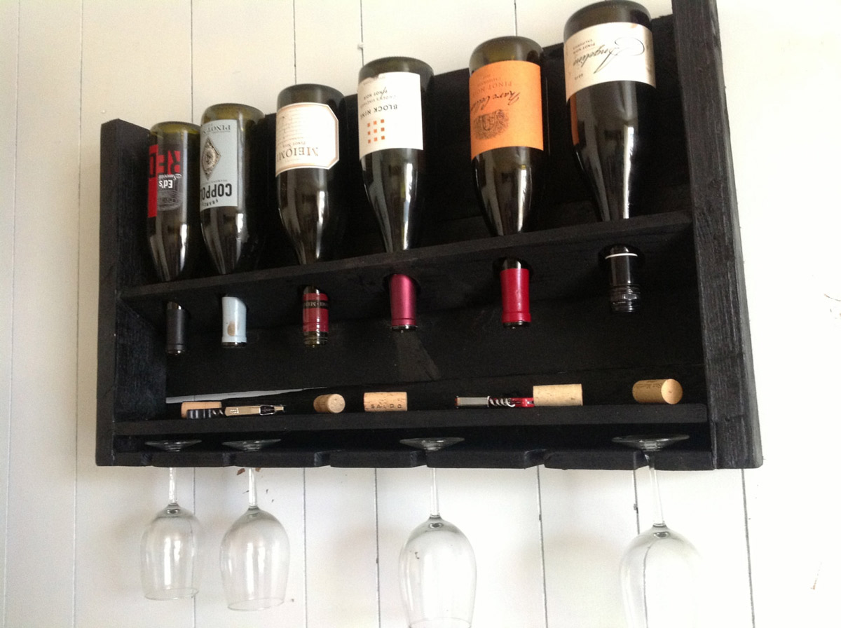 Simplistic Reclaimed Wood Wine Rack