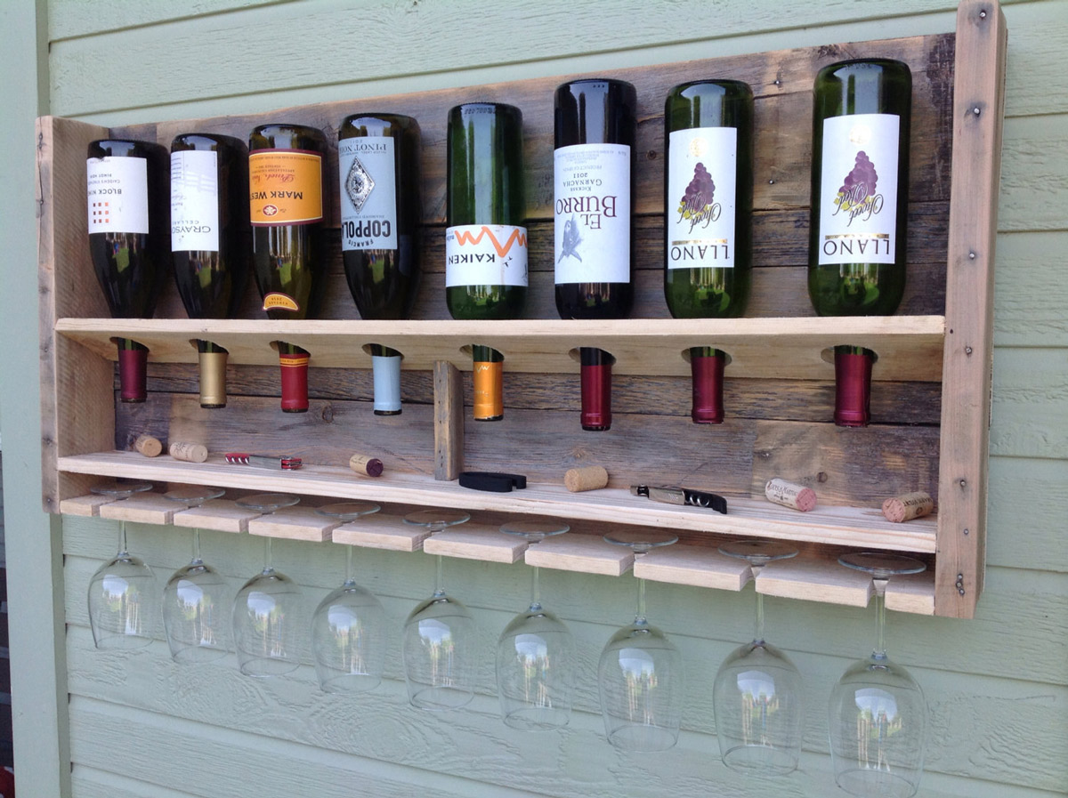 Outdoor Simplistic Reclaimed Wood Wine Rack