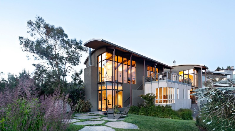 Modern Home in the East Bay hills in Berkeley, California