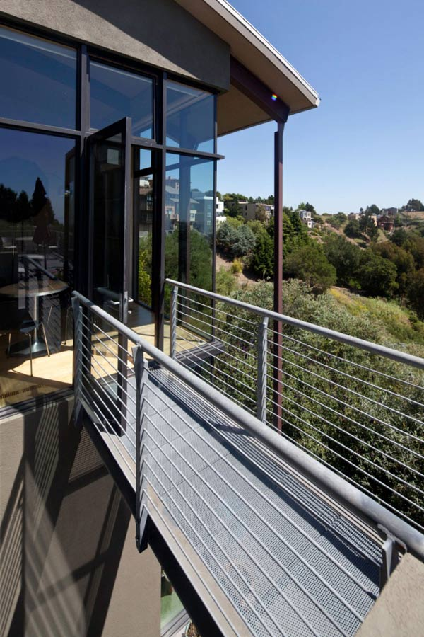 Bridge, Modern Home in Berkeley, California