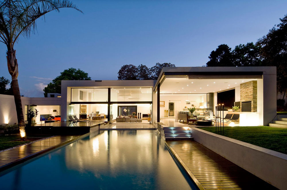 Pool, Evening, Exquisite Modern Home in Cape Town