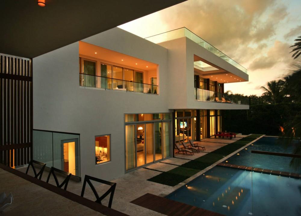 Evening, Lighting, Contemporary Home in Miami Beach, Florida