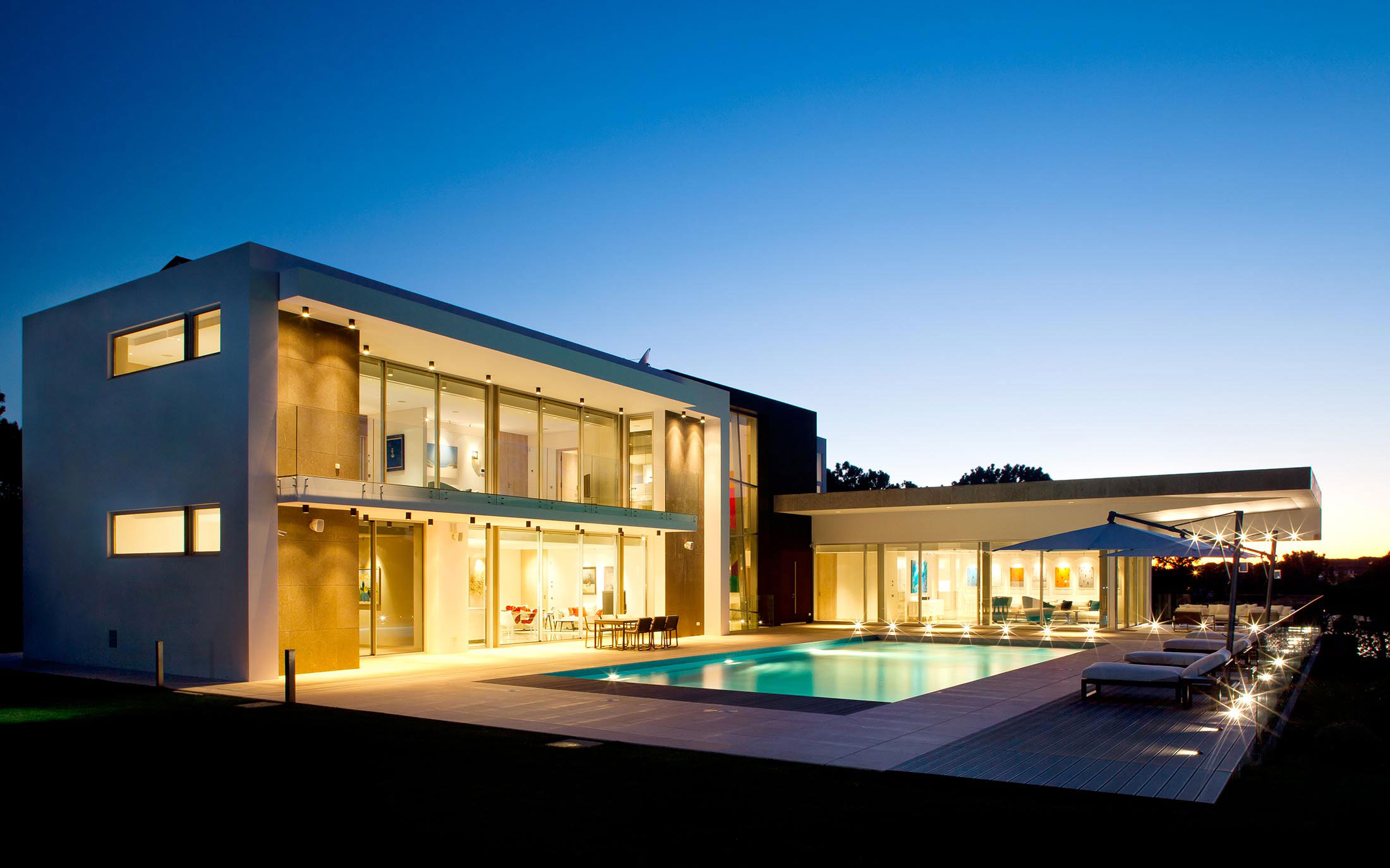 Pool, Terrace, Lighting, Family House in Portugal