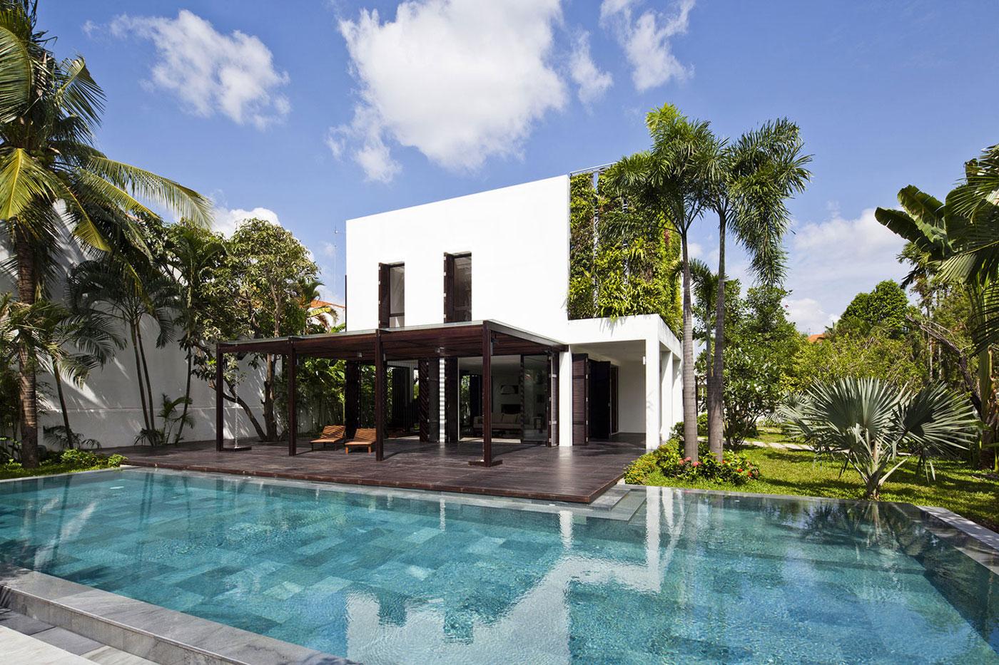Terrace, Pool