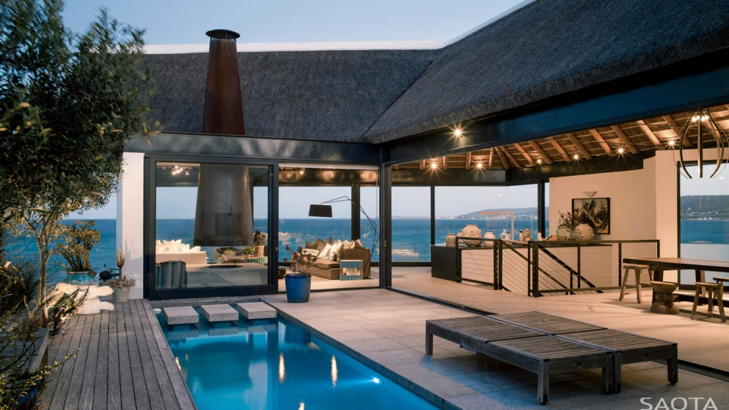 Breathtaking Holiday Home, Shelley Point, South Africa