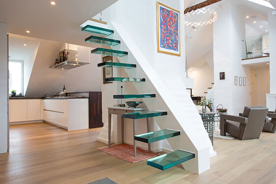 Glass Floating Stairs