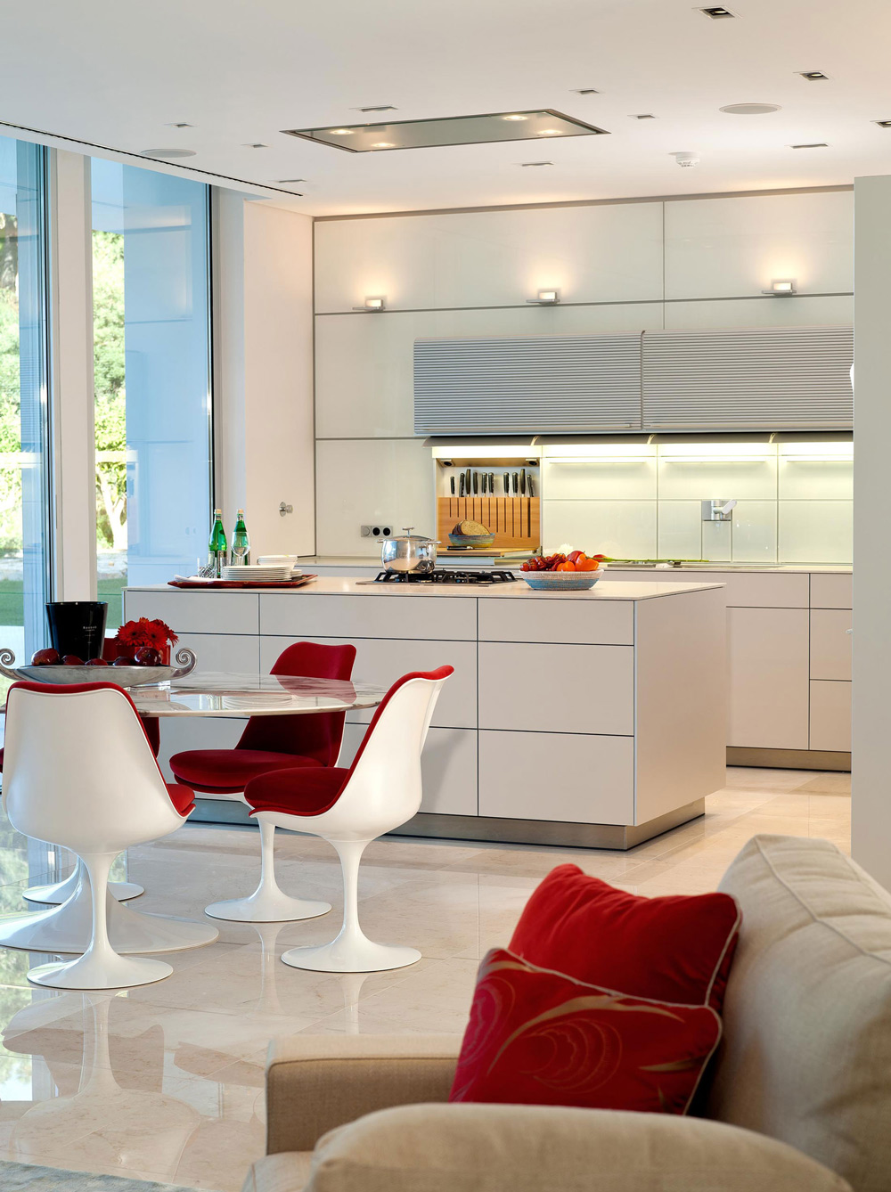 Kitchen, Dining, Family House in Portugal