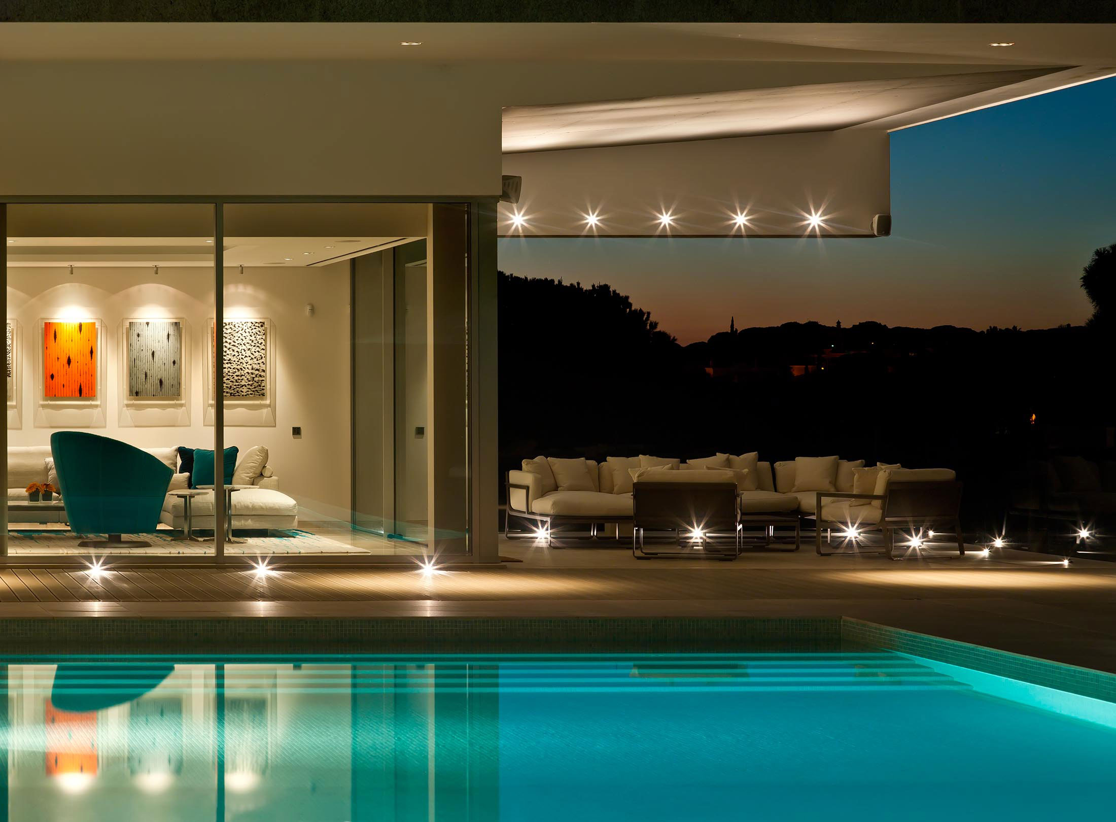 Pool, Evening, Lighting, Family House in Portugal
