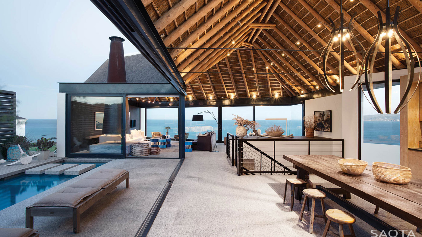Vaulted Ceiling, Open Living Space